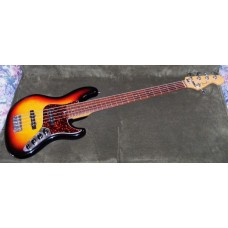 Fender USA Jazz Deluxe 5-String 2002